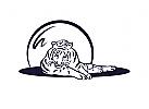 liegender entspannter Tiger
